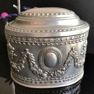 Vintage Filigree Silver-toned Jewelry vanity  Box